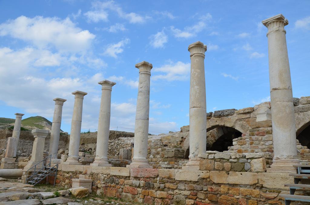 The Hierapolis Street.