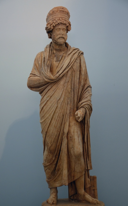 Statue of Lucius Antonius Dometinus Diogenes, priest of Aphrodite and the imperial cult, ca. 200 AD (Aphrodisias Museum).