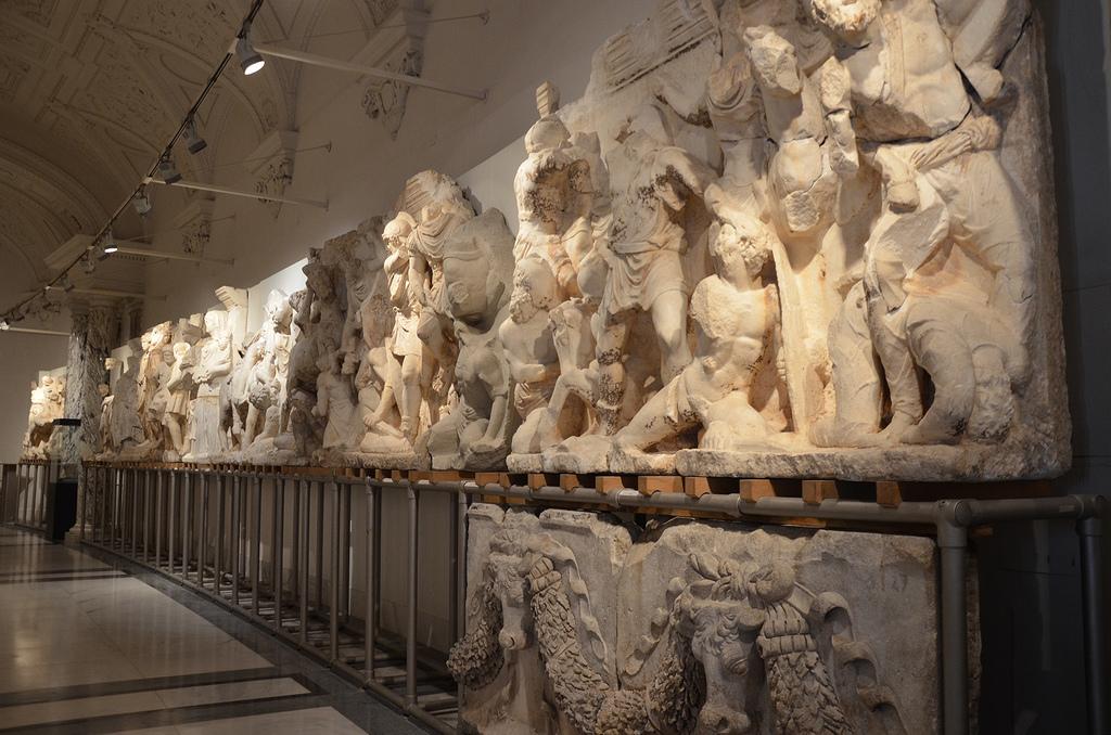 Relief friezes of the Parthian monument.