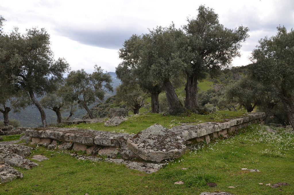 The foundations of the small temple located on the highest elevation of the lower town.