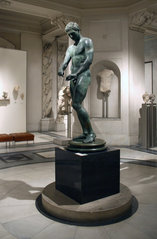 "Bronze Statue of an Athlete ""Ephesian Apoxyomenos"", 1st century AD. Manfred Werner (Wikipedia CC BY-SA 3.0)"