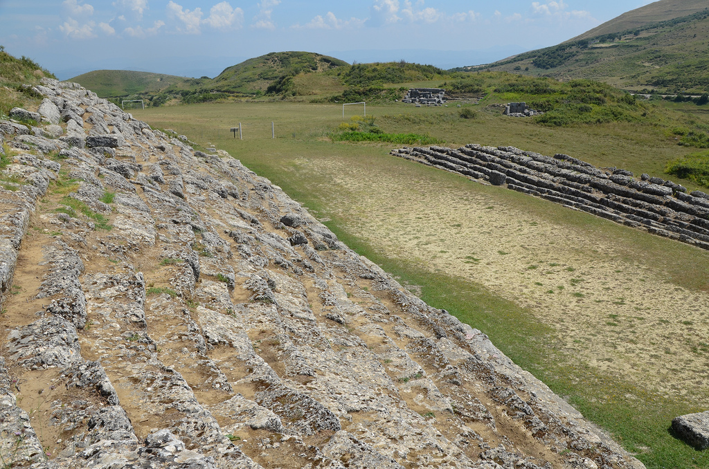Excavations have revealed that it was used for athletic contests inkluding running races, boxing, javelin and discus throwing. The stadium was constructed in the 3rd century BC and remained in use until the 3rd century AD.