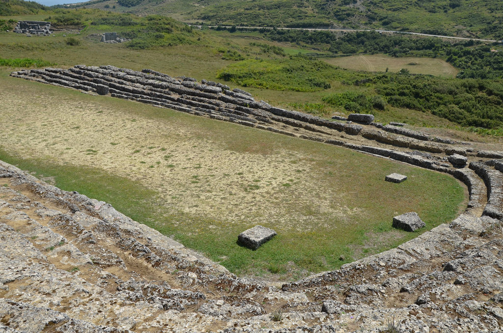 The stadium of Amantia could accommodate about 4000 people.