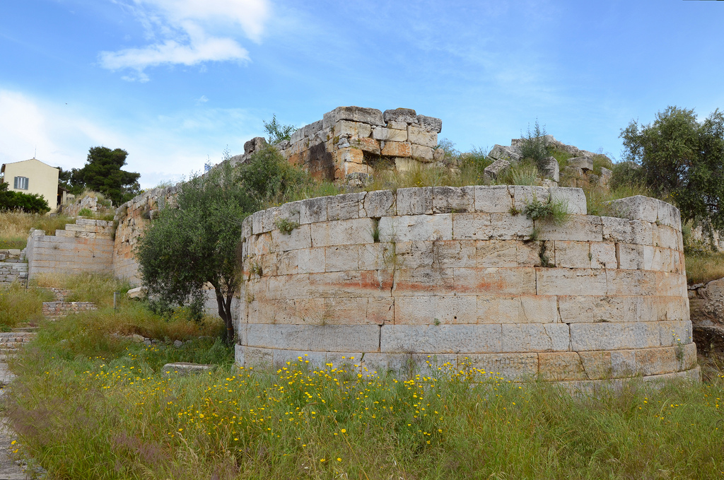 The fortification wall and circular corner-tower dating to the 4th century BC.