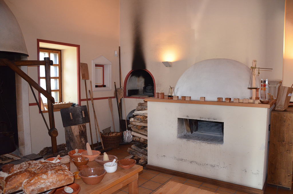 The reconstructed Roman kitchen (culina).