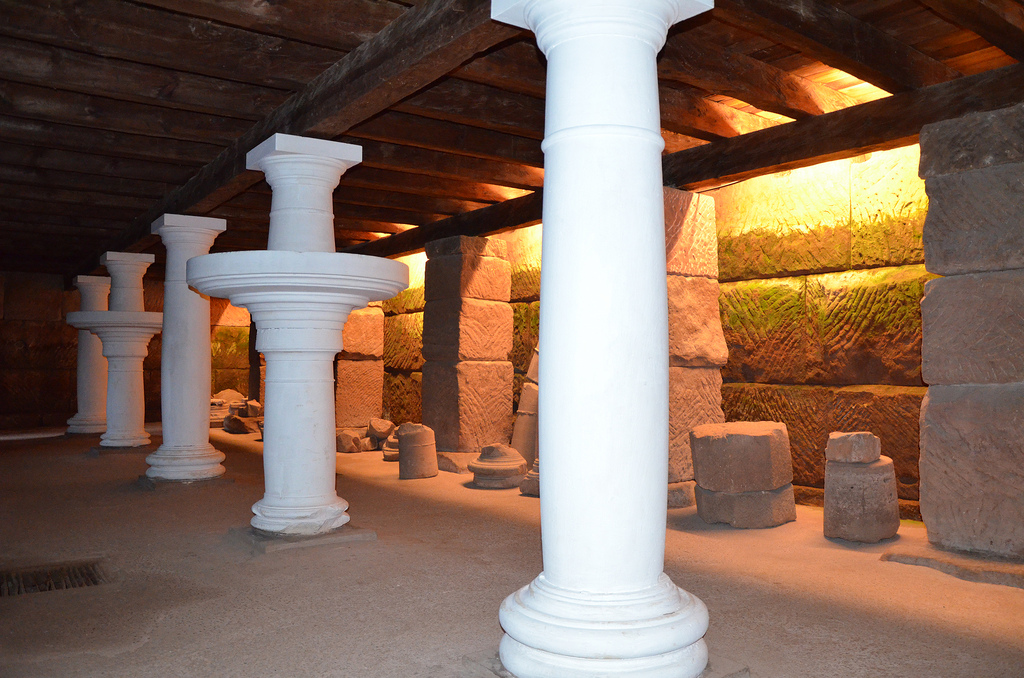 The cellar of the House of the Columns with a row of five columns (two of them were table columns: round stone slabs) that carried the wooden ceiling of the cellar.