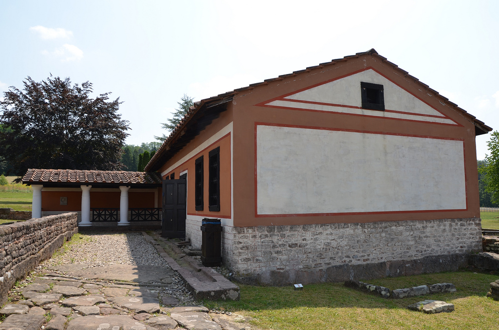 The reconstructed House of the Columns.