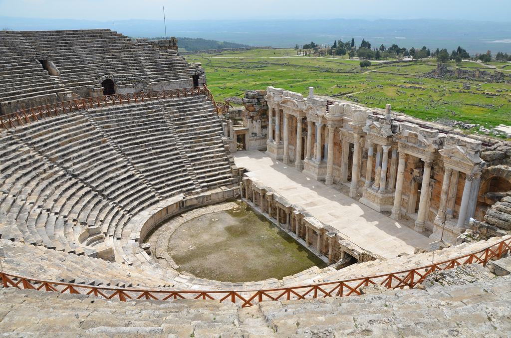 The theatre was 91 m wide with its cavea of 50 rows of seats, one diazoma, a semicircular Royal Box, and a vomitorium on either side.