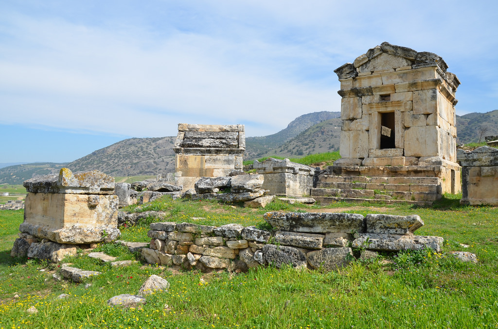 The funerary architecture of the necropolis of Hierapolis had variety of burial architecture