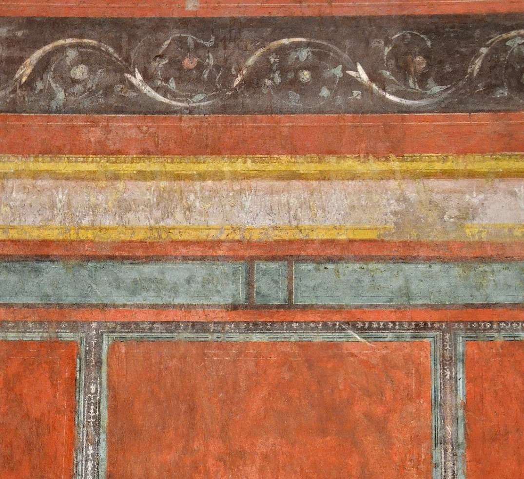 "North wall of the ""Large oecus"" with wall painting imitating marble wall-facing."