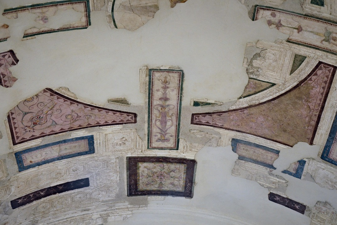 "The ceiling decoration in the ""The Emperor's Study"" also reveals the influence of Alexandria with lighter colours."
