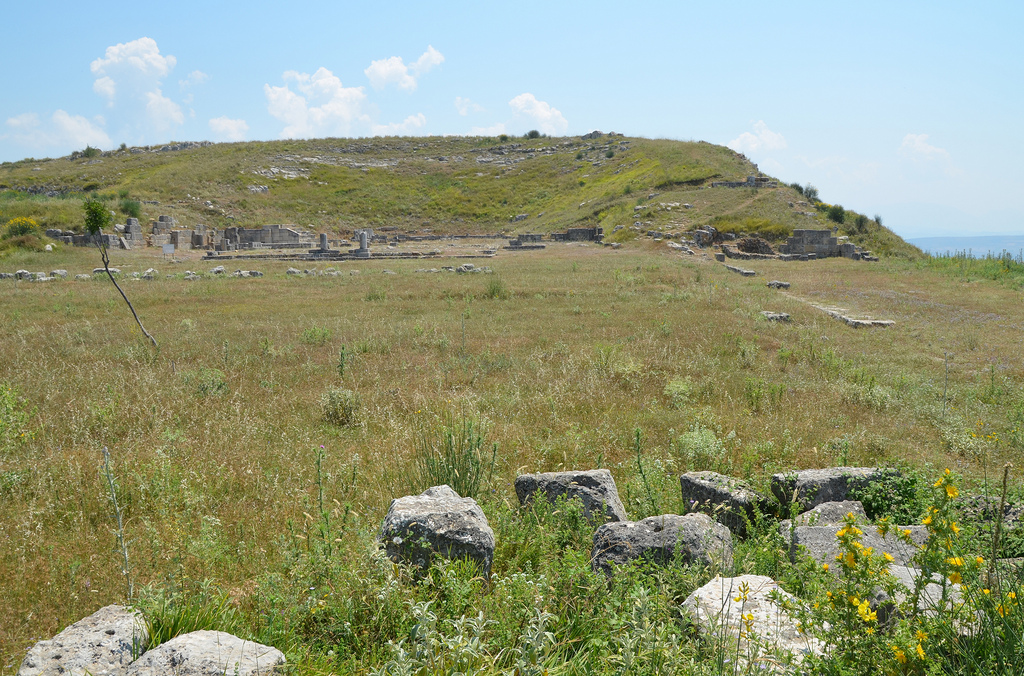 General view of the Agora built in the middle of the 3rd century BC according to a single plan that harmonized the theatre, stoas, stadium and other public buildings.